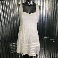 Francesca's Women Cotton Blend Ivory Swirl Lace Sleeveless Shift Size Medium NEW