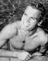 ACTOR TAB HUNTER PIN UP - 8X10 PUBLICITY PHOTO (DD349)