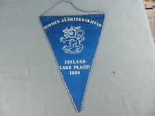 FANION PENNANT ICE HOCKEY GLACE SUOMEN JÄÄKIEKKOLIITTO FINLAND 1980 WIMPEL
