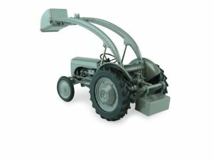 *BRAND NEW* - Ferguson - TE-20 With Front Loader   1:32 - Collectible Model