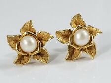 Pretty 14K Gold PEARL FLOWER EARRINGS Pierced Ears 3D Flowers