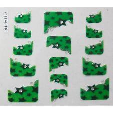 Accessoire ongles nail art ,Stickers autocollant - fond vert avec étoiles
