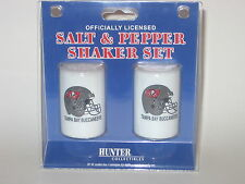Tampa Bay Buccaneers Ceramic Salt & Pepper Shaker Set With Team Logo