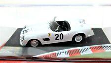 Véhicules-jouets voiture Ferrari Racing Collection Échelle 1/43 diecast IXO 250