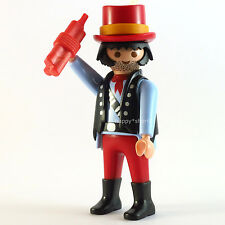 PLAYMOBIL German Hunter W/ Gun and Green Hunting Clothes Mystery Series 10 6840