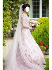 Embroidery A-line Long Sleeve Regular Size Wedding Dresses