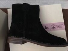 NIB New Authentic Women Clarks Cabaret Stage Black Ankle Boots 7 M