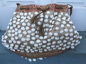 Moyna White Seashell Purse With Coral Accents & Drawstring Close, New No Tags.