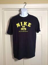 "Nike The Athletic Dept Men's L Reg Fit Black ""1972"" Short Sleeve Graphic T-shirt"