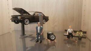 1:18  2 Säulen-Hebebühne Diorama  Werkstatt  Modellbau Vitrine