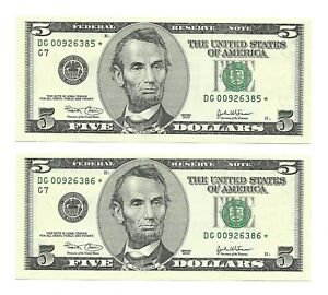 2003 $5 CHICAGO * STAR * 🌟 FRNs, 2 CONSECUTIVE, NEW & UNCIRCULATED BANKNOTES