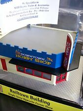 MTH Single Story Opposite Corner Lighted Store Downtown Hobby Shop Lionel Type