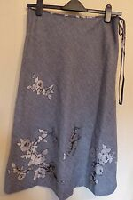Monsoon UK14 EU42 US10 grey herringbone lined skirt with floral embellishments