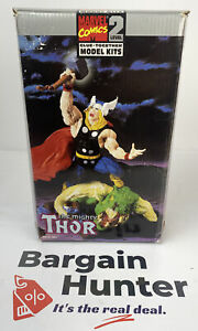 2132 Marvel Comics Level 2 Glue Together Model Kit The Mighty Thor Brand New