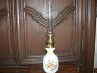 Petroleumlampe Tischlampe Petroleum Lampe ca. 50 Jahre alt Keramik Vasenbasin