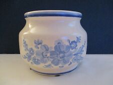 Ftd 1981 Flower Vase Plant Container Oatmeal Color and Blue Floral Design