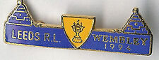 Leeds RL Wembley 1994 blau Zwillingstürme Rugby League Emaille Abzeichen CL 38mm