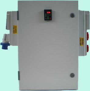 Quadro Inverter trasforma la 220/230 Volt Monofase in Trifase 380/400V 4.0 kW