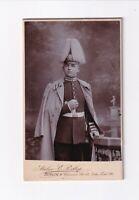CDV Foto Garde Soldat mit Pickelhaube und Busch - Berlin 1913
