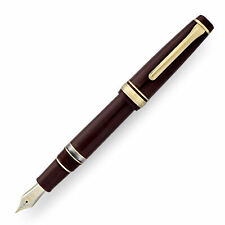 Sailor Pro Gear Realo Fountain Pen in Maroon with Gold Trim - 21K Gold Zoom Nib
