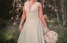 Lace Regular Size Satin Wedding Dresses