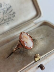 VINTAGE 9ct GOLD CAMEO RING SIZE L