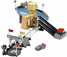 Disney Cars Double Lane Duel Track Set W/ Carbon Racers Lightning McQueen New