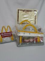 Vintage 1997 McMemories McDonald's Look For The Golden Arches 31902 + Box