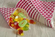50 Papiertüten Spitztüten Herzchen pink 19cm Dreieckstüten CandyBar Weingummi