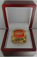 Detroit Red Wings - 1997 Stanley Cup Hockey Ring WITH Wooden Box