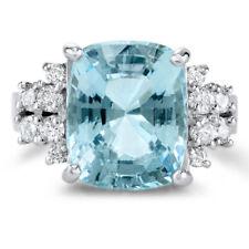 Genuine Aquamarine 7.14ct 14KT White Gold (8.50 g) w/ 0.61cttw Diamond Ring