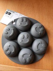 Pralinenform Silikon grau mit 7Smilys Gesichtern  Neu