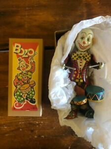 Clown Playing Drums Tin Litho Wind Up Bozo wind up Japan Alps Clown