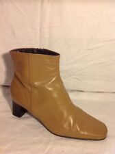 Clarks Beige Ankle Leather Boots Size 6.5