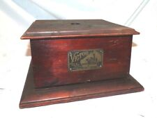VICTOR O DISC PHONOGRAPH CASE BOTTOM WITH ORIGINAL ID TAG