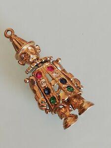 9ct gold clown pendant