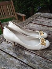 New Look Your Feet Look Gorgeous Gold Wedding Party Vintage Patent Court Shoes 7