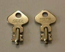 2x Cheney Keys - 481600 - Luggage / Bag Vintage lock key - New Skeleton key