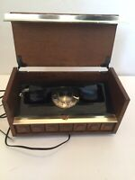VTG WESTERN ELECTRIC ROTARY LANDLINE TELEPHONE IN A WOODEN/WOOD BOX.