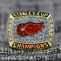 Year 1998 Detroit Red Wings Stanley Cup Championship Copper Ring 8-14Size