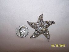 Unsigned Silvertone Star Brooch.