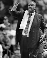 Georgetown Hoyas JOHN THOMPSON Glossy 8x10 Photo Basketball Print Poster
