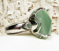 BEAUTIFUL STERLING SILVER RING SET WITH GORGEOUS GREEN JADE  SZ 7
