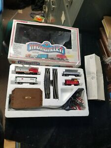 Bachmann Highballer N Scale Electric Train Set in Box 24300 Santa Fe Complete
