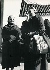MODANE c. 1935 - Vieilles Femmes au Marché Savoie - Div 12019
