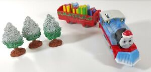 Tomy Trackmaster Thomas & Friends Christmas Thomas + Truck + Presents + Trees