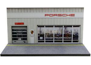 Diorama German Car Dealer - 1/64ème (3inch) - #3in-2-C-C-008