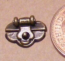 1:12th Scala Casa delle Bambole Metallo singolo in ottone anticato sul petto Bagagliaio Serratura 590