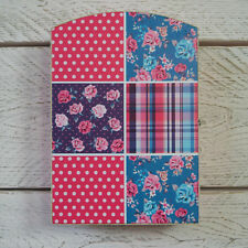 EN BOIS PATCHWORK ROSE POIS floral bijou placard stockage Boîte de clés