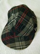 DC Shoes New Era 59 Fifty Fitted Hat Cap Size 7 5/8 Plaid Black Red Gray White
